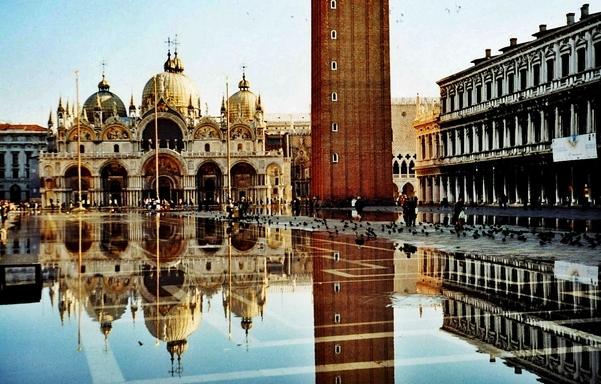 Venecia. Plaza de San Marcos con agua alta