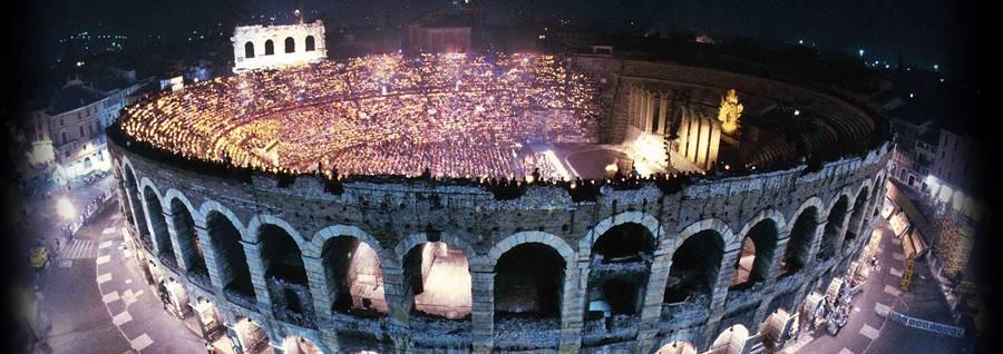 Viaje a Verona, trovatore de Giuseppe Verdi con Anna Netrebko en la Arena
